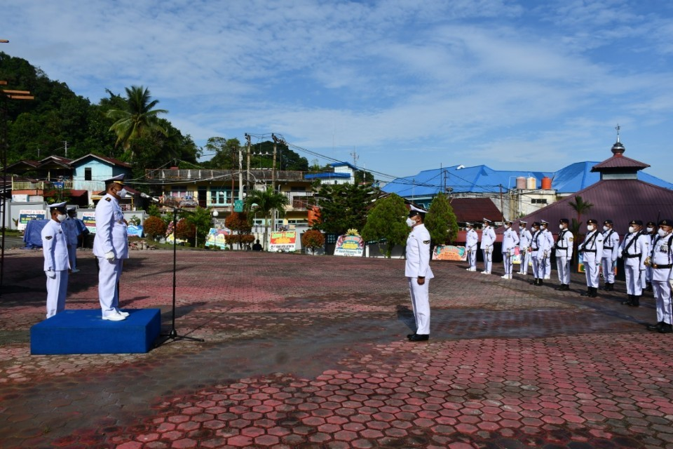 Upacara HUT TNI AL ke-76, Lanal Balikpapan Terapkan Prokes Ketat