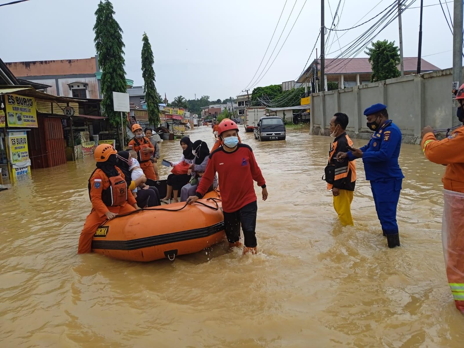 Hujan Deras, Banjir dan Longsor Melanda Kota Balikpapan