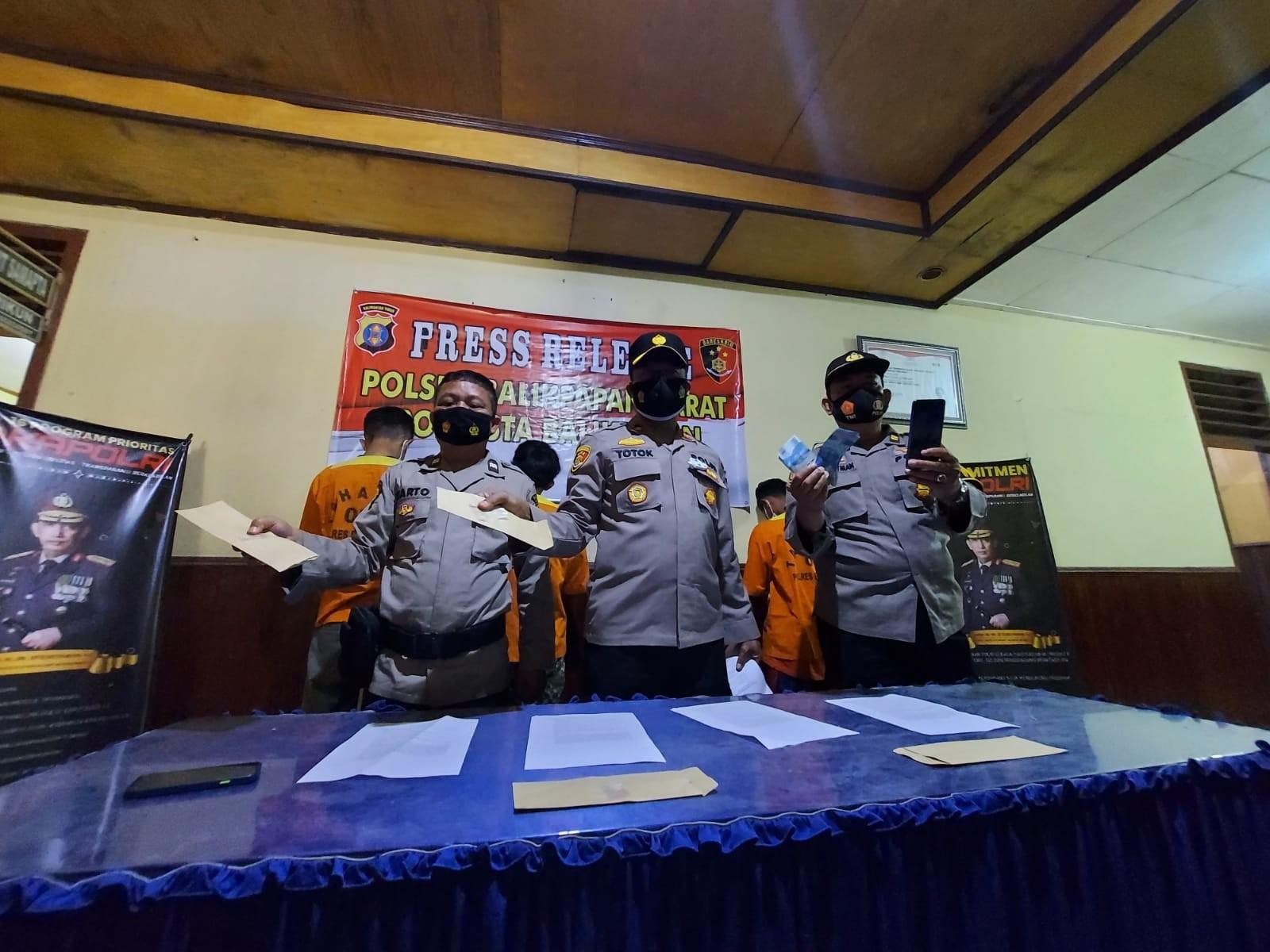 Polisi Amankan Empat Pria di Kampung Baru, Kedapatan Sabu Saat Patroli