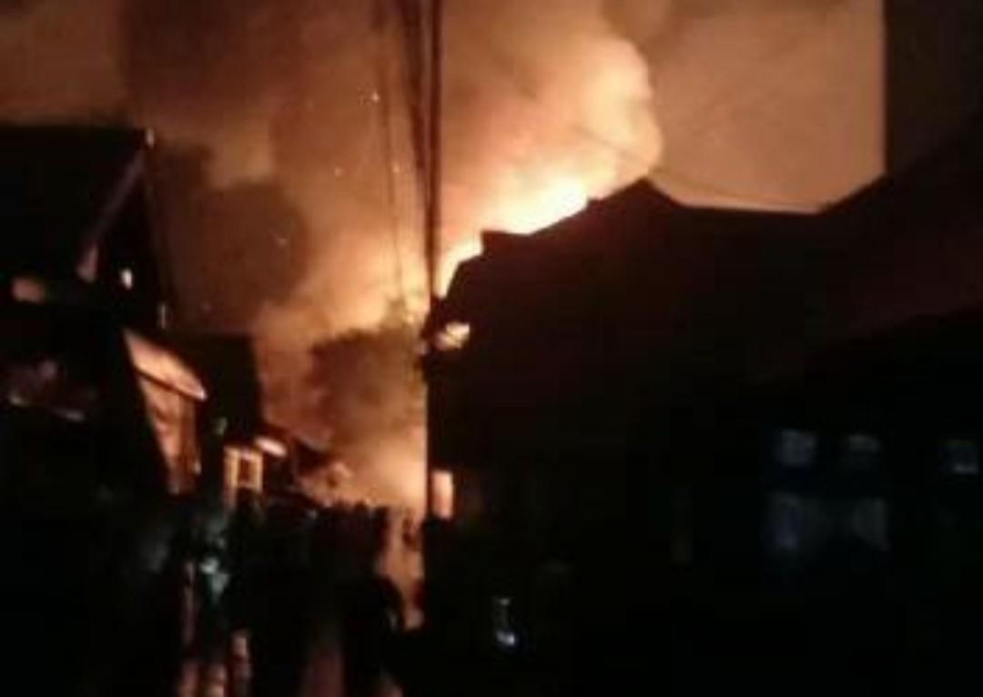 Tiga Rumah di Samarinda Hangus Terbakar Saat Warga Terlelap Tidur