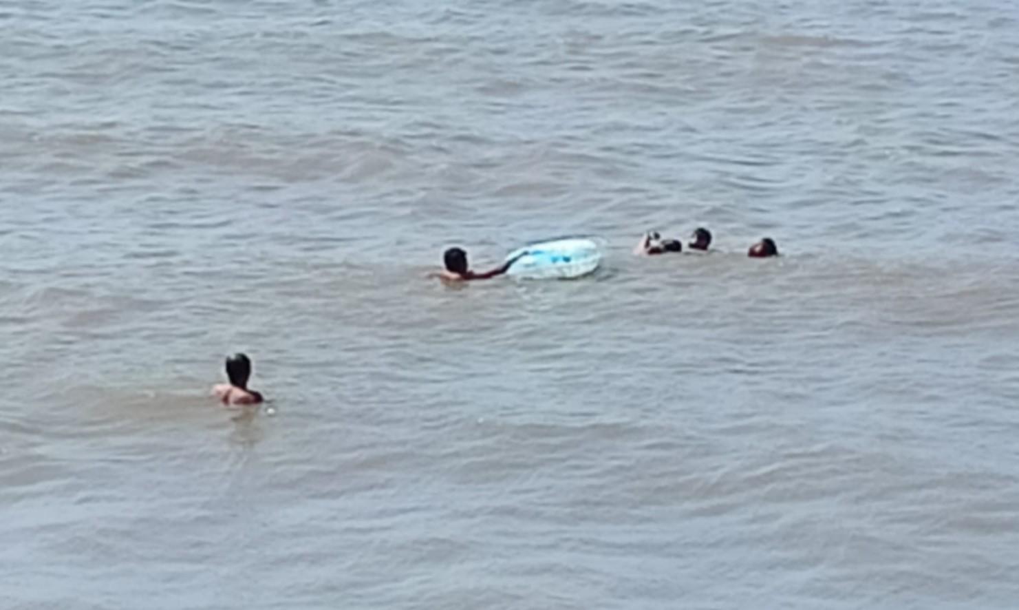 Terseret Ombak Saat Mandi di Pantai, Seorang Anak Meninggal